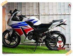 ขาย CBR 150R แปลงเป็นตัว 300 สีขาวเครื่องดีผ่อนได้เดือนละ 1582 บาท
